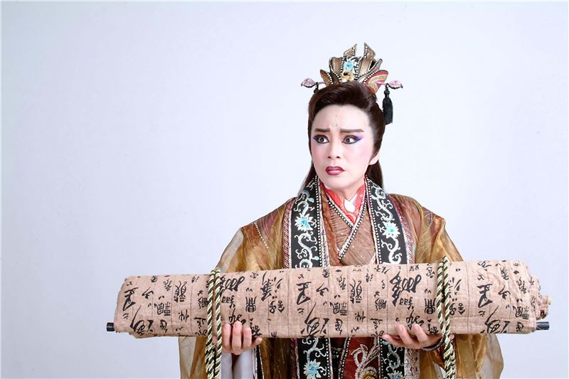 "A scene in "" Beauty Trap ""(2005).( Zhang Xiu-qin as Fan-Li)"