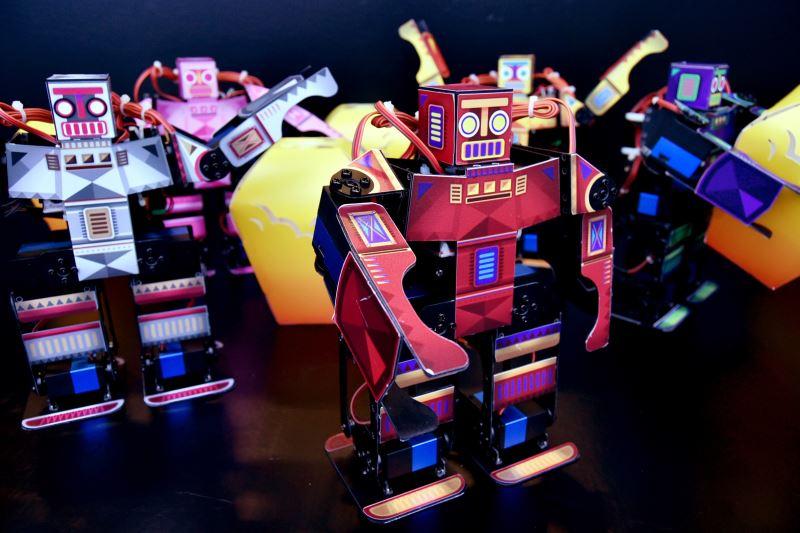 Lunar Robots 好運機器人