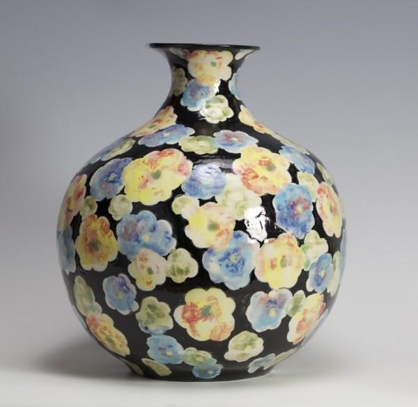 2010   Black Glazed Jar with Burnished Flower Pattern