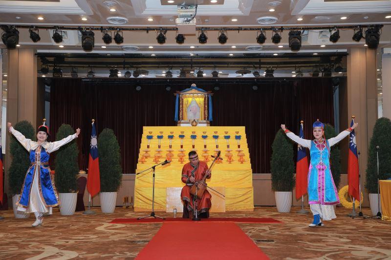 蒙古馬頭琴演奏及舞蹈表演