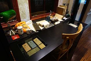 土地銀行行史展_行員辦公桌