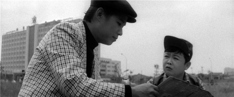 1960年代,全台掀起一陣文夏台語歌旋風,郭南宏參考日本演員小林旭在候鳥系列電影中的流浪吉他手形象,為文夏量身訂做《台北之夜》(1962),之後電影公司抓準時機推出「阿文哥流浪故事」系列。