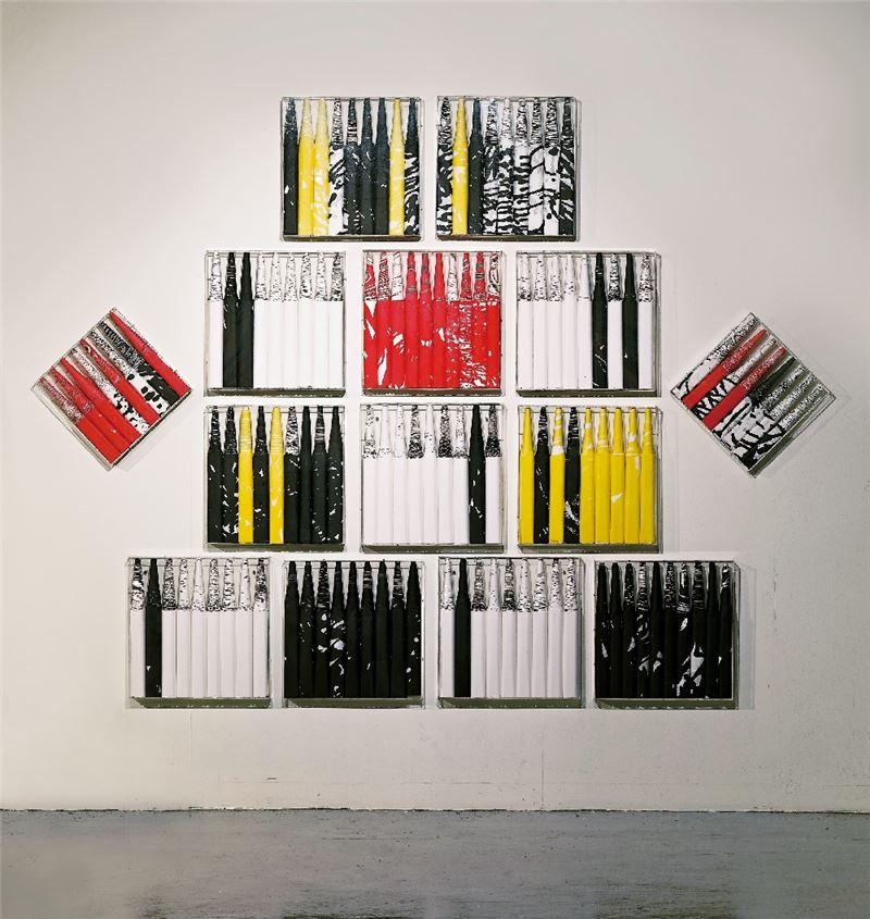 張永村〈水墨變法系列〉1984-2008 壓克力盒、顏料、墨、宣紙  尺寸依展出場地調整