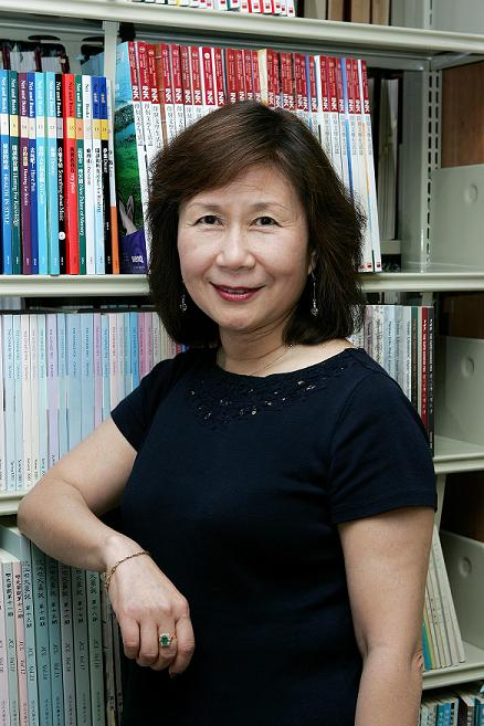 Photo of Li Li(Source: Wenhsun Magazine Press)