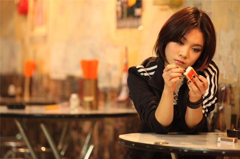 El director, Tso-Chi Chang, gracias a las tres protagonistas femeninas, refleja distintos prototipos de mujeres, a través de los ojos de la adolescente, Lai-Chun, al contar su historia, y conseguir el perdón de los errores y las heridas cometidos por su madre y ella.