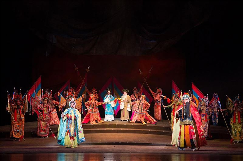 "Performance photo of ""Hegemon-King of Western Chu and Consort Yu"""