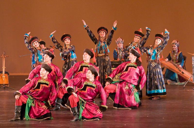 貝加爾國家樂舞團精湛的演出讓人彷彿進入了故事之中
