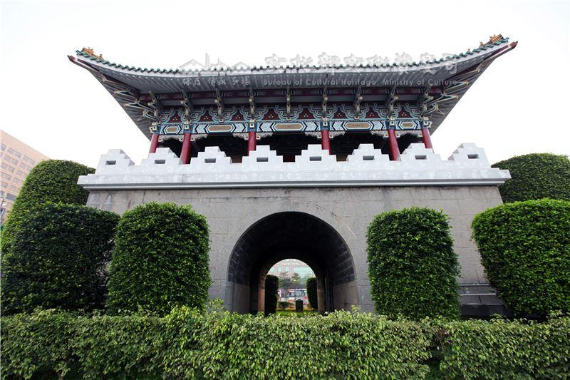 The Old Gates of Taipei City02