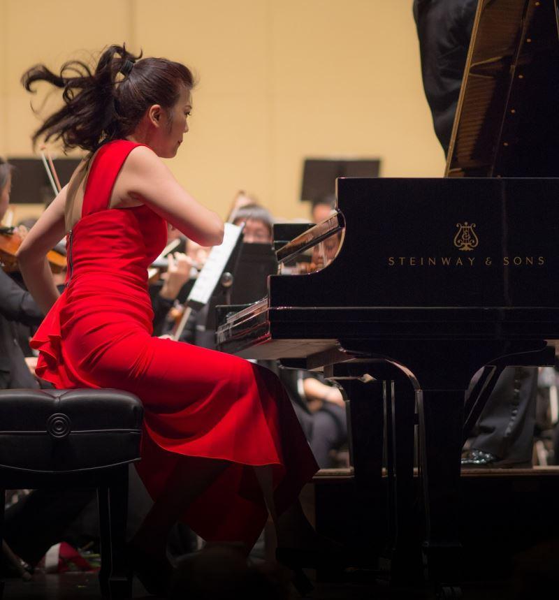 鋼琴獨奏-陳毓襄