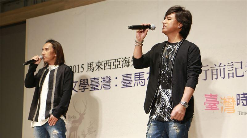 雙人組歌手動力火車即將赴馬國參與「臺灣文學之夜演唱會」演出