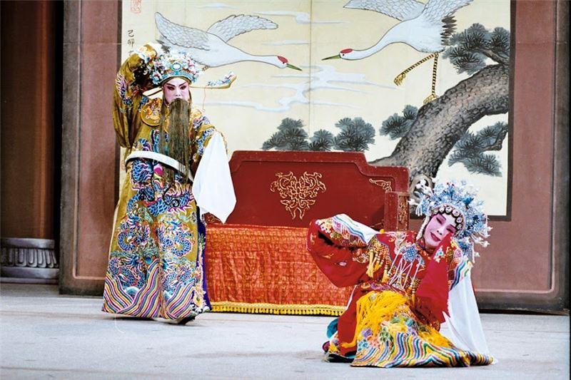 《王寶釧》演出照片(2003)。(廖瓊枝飾王寶釧)(攝影/周志明)