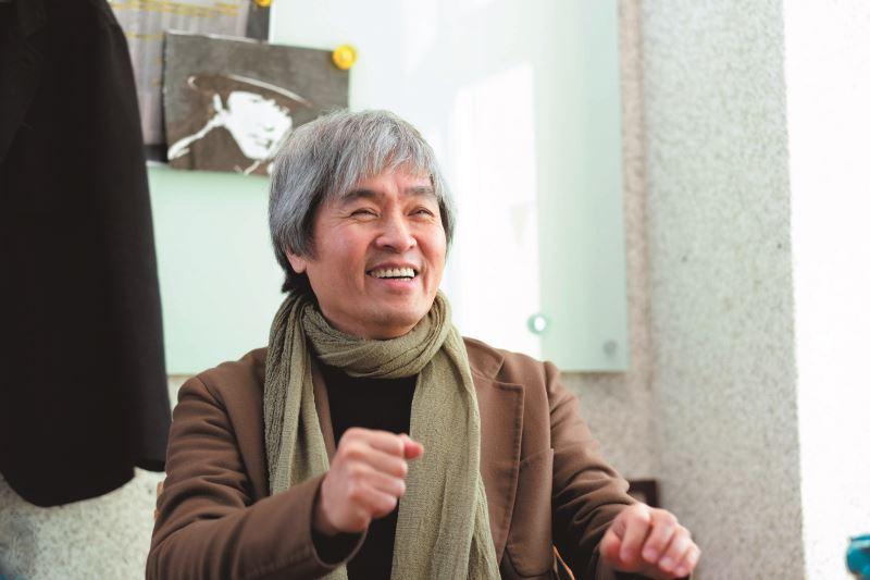 王孟超興趣多元,深具好奇心,促使他多方累積生活經歷,並成為他創作的養分。