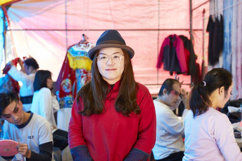 面對現代聲光娛樂及速食文化的衝擊,陳玉環亟思北管的生存之道。