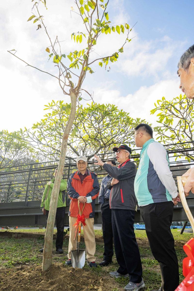 國美館梁永斐館長講述未來園區規劃