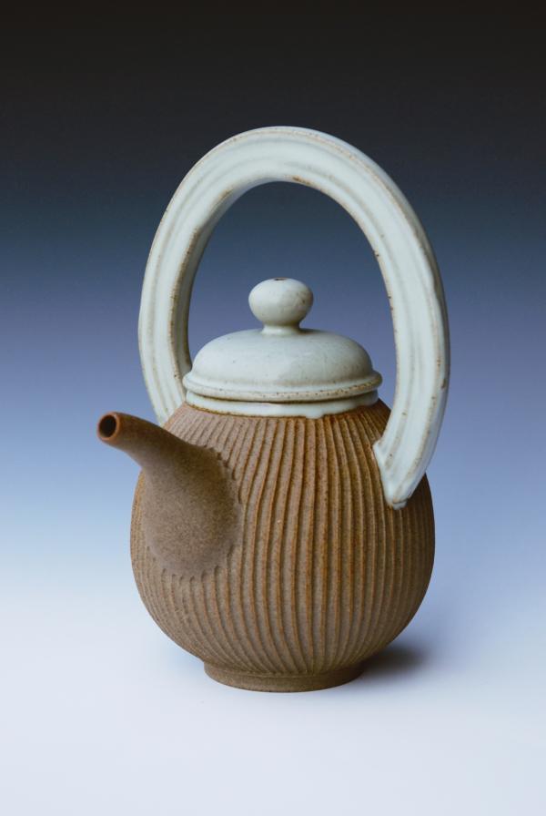 紋刻提樑壺