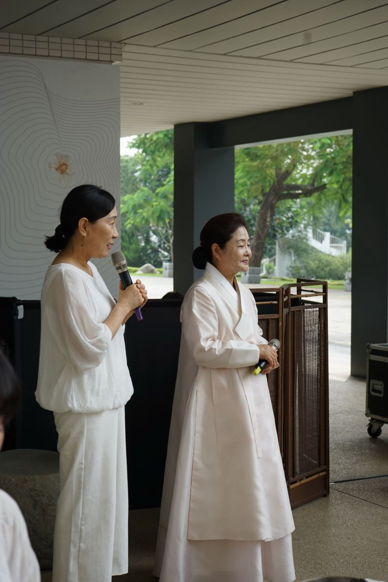 韓國茶道大學大邱分院院長-朴善宇教授代表韓方致詞-1