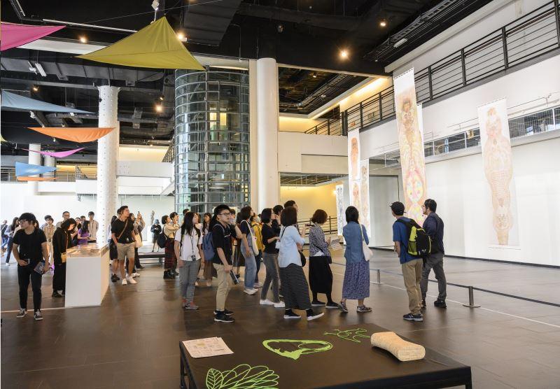 國美館2019亞洲藝術雙年展-「來自山與海的異人」開展後好評不斷,12月21日將推出「在山海間的媒介-2019亞洲藝術論壇」