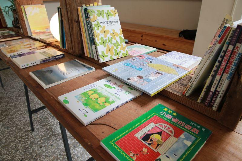追思紀念會設置趙天儀教授的紀念書展。