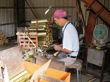 01抽取竹筷
