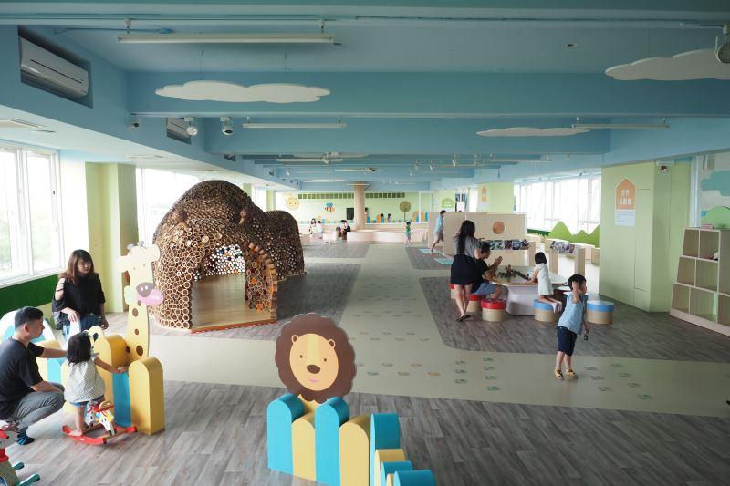 五樓歡樂森林親子遊戲空間