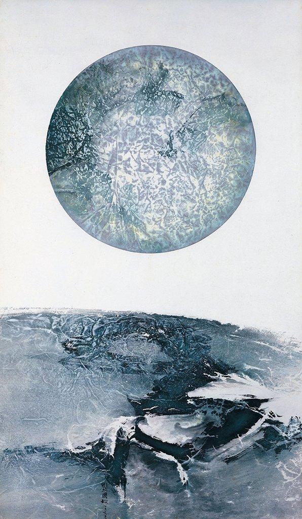 劉國松〈地球何許之3〉1969 彩墨、紙本 133.8×77.8 cm