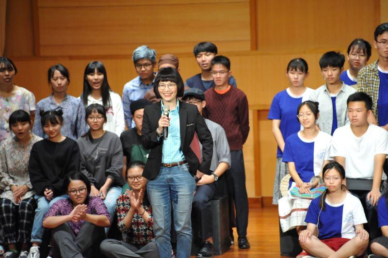 揚子高中校長鍾月娥驚艷學生跳脫年齡,揣摩更上一層的人生境界