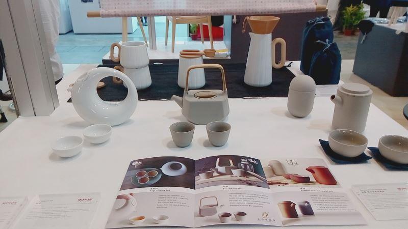 「穆德設計」用東方心、西方器精神為初衷以複合媒材創新技演繹新美學生活用品,展現了獨特的美學語彙,並獲今年大會頒發「最佳手工藝獎」。