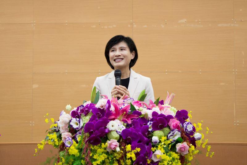 Minister Cheng Li-chiun.