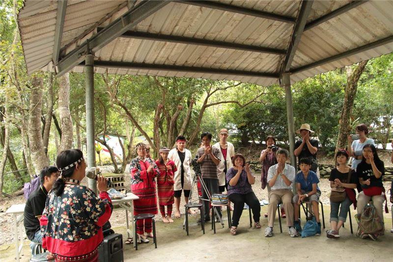 結合當地原住民族並帶領教授及學生瞭解賽德克族群文化及傳統音樂