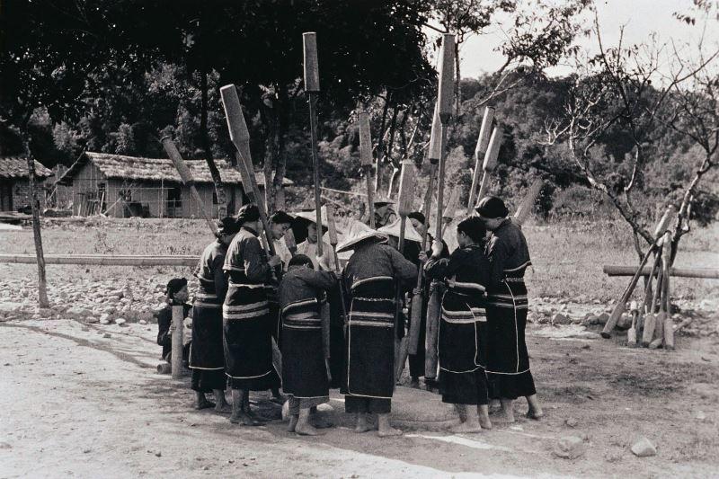 © Deng Nan-guang (鄧南光)