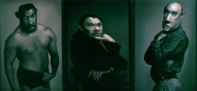 Daniel LEE 〈Judge of Dead & His Guards〉1994 Digital inkjet print 135×267 cm