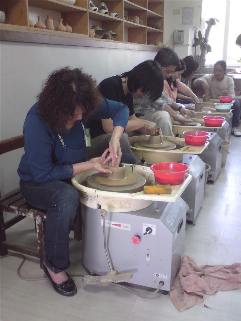 陶藝工藝基礎班-實際拉坯操作