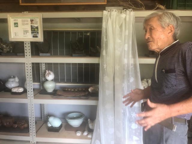 虎山美術工坊曾明男陶藝師以「雞」為創作靈感