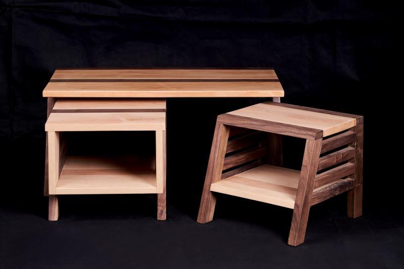 由三和木藝工作坊年輕一代木職人陳明展、陳彥霖共同製作,便於收納的設計,符合現代人需求。