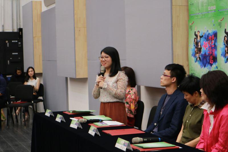 圖3-作曲家李佳盈分享《花漾寶島》樂曲的創作歷程。