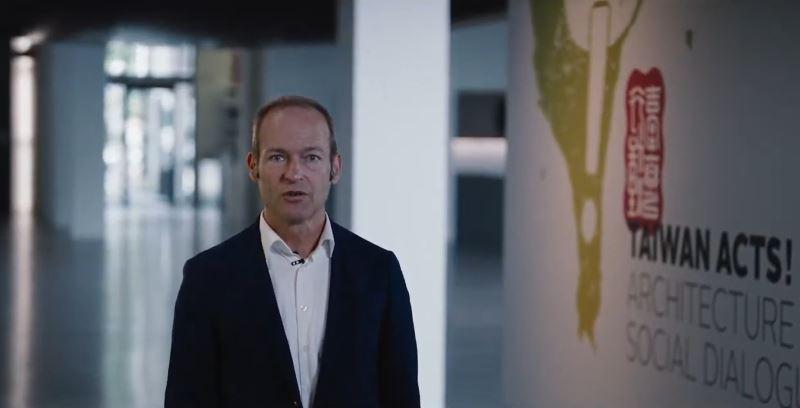 Andres Lepik, the curator of the Architekturmuseum der TUM
