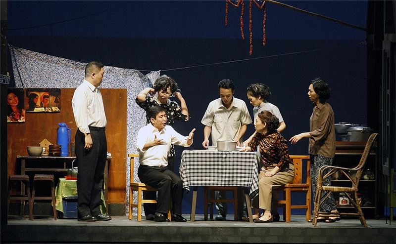 An outdoor performance of 2011's Formosa Village One at Kaohsiung's Wei Wu Ying Center for the Arts. (Source: Central News Agency)