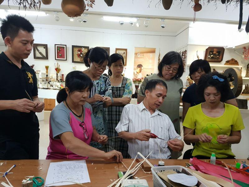 樹皮工藝教學-樹皮製作及編法