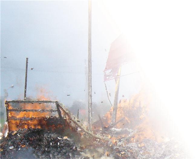 台南縣地區燒王船祭典照片.jpg