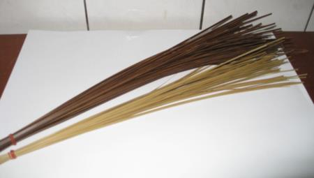 02手工劈製竹篾