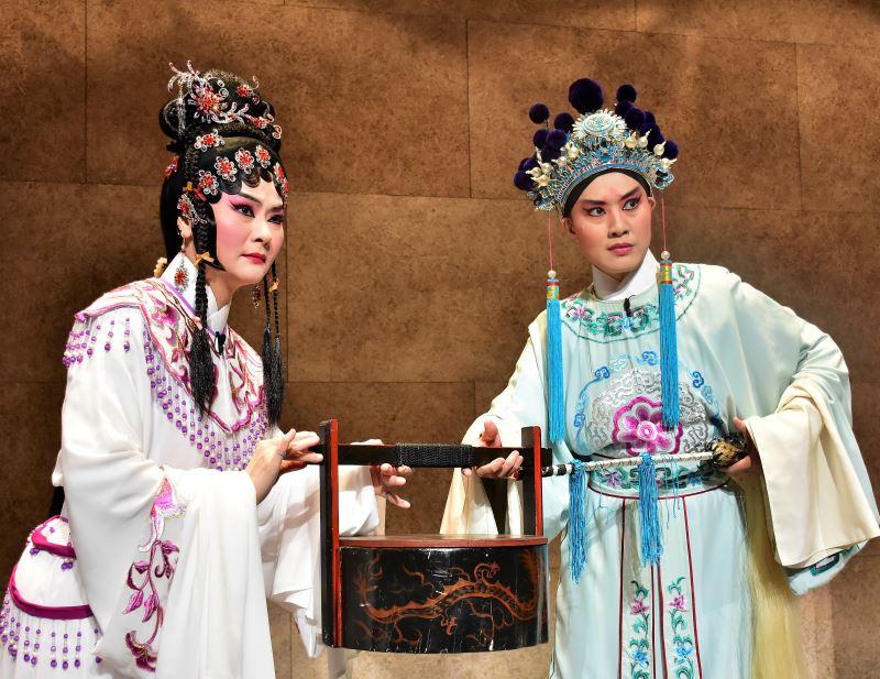 臺灣豫劇團當家花旦蕭揚玲飾寇珠、俊俏王子劉建華飾陳琳6
