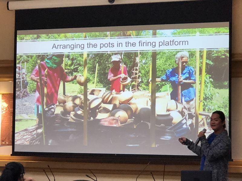 菲律賓學者Rhayan Gatbonton Melendres分享自己在菲律賓中部boholano進行的陶器工藝技術民族考古學研究
