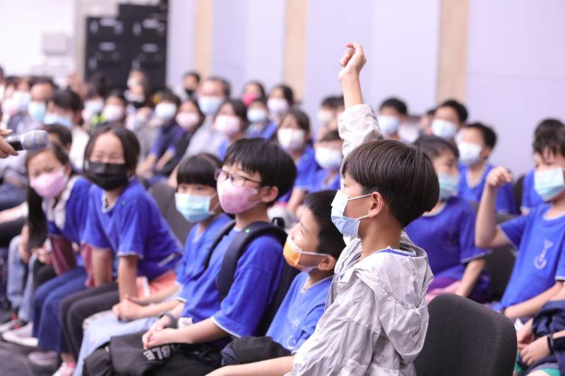 圖5:臺灣國樂團寓教於樂,落實文化平權理念,用音樂關懷新住民。