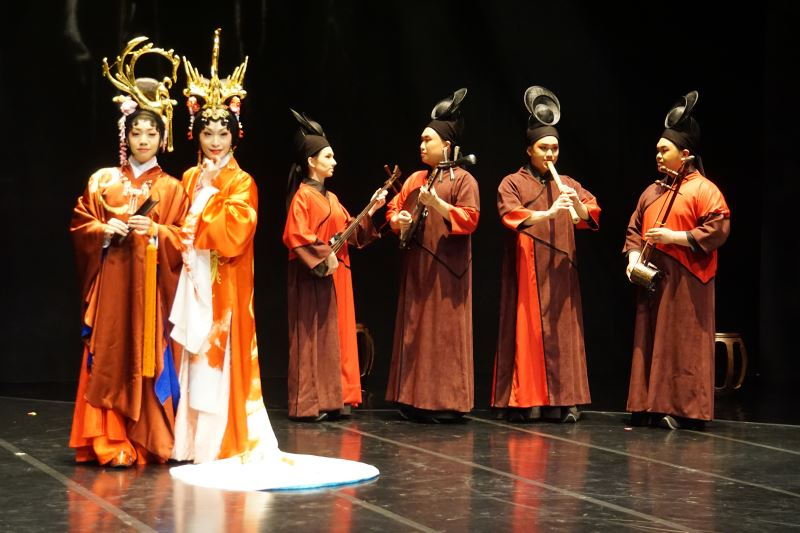《費特兒》國光劇團和新加坡湘靈音樂社共同演出