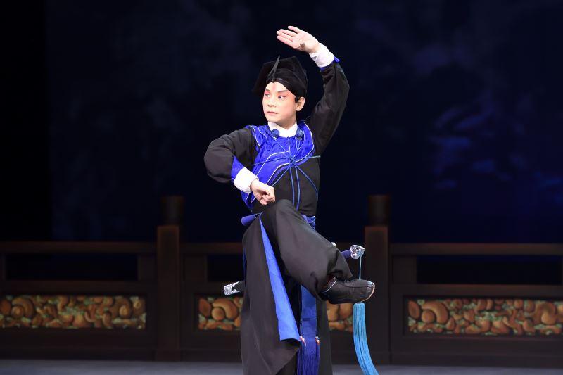 《夜奔》是崑曲的經典戲碼,透過武生劉祐昌的精彩詮釋,充分展現出老戲的魅力。