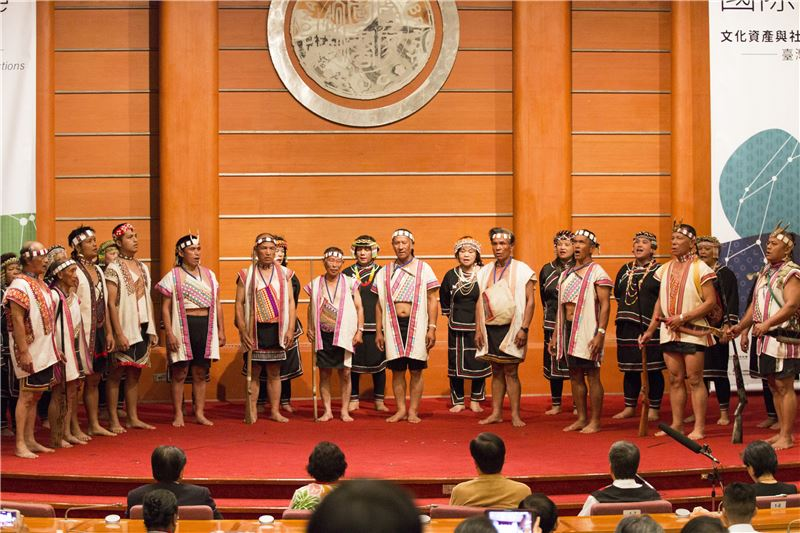 原住民族傳統藝術展演 (羅娜布農薪傳音樂團)