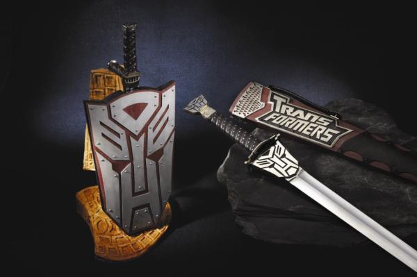 變形金鋼劍、變形盾刀劍