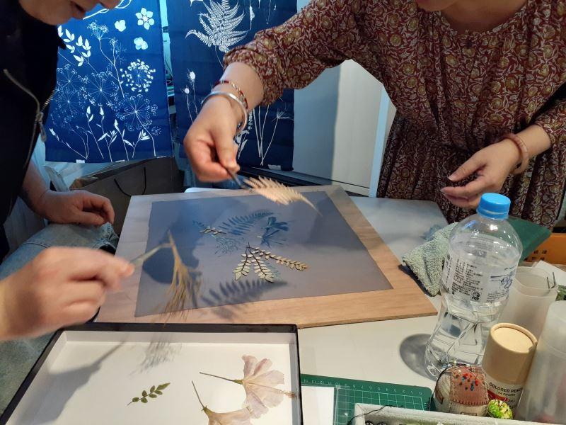藍晒方巾製作過程01