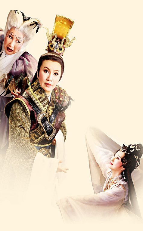 "A scene in "" Deathless Beauty "" (2012). ( Xiao Mi as Bu Lao-ling,Tang Mei-yun as Cao Pi,Xu Xia-nian as Zhen Mi )"