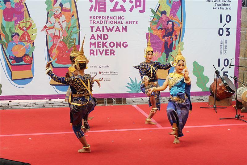 柬埔寨暹粒舞蹈團-2